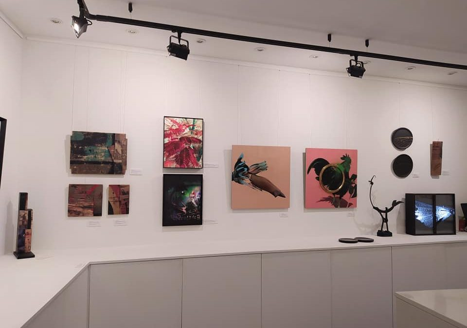 """""""De aquí y ahora"""" group exhibition at Galería Acanto"""